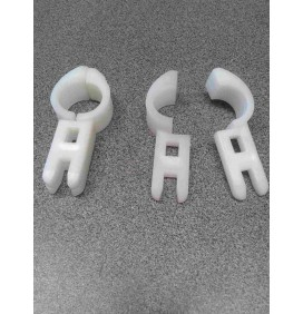 Abrazadera molinete nylon adaptable john deere